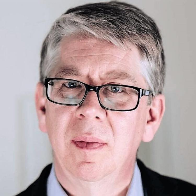 Portrait of Andrew Middleton.